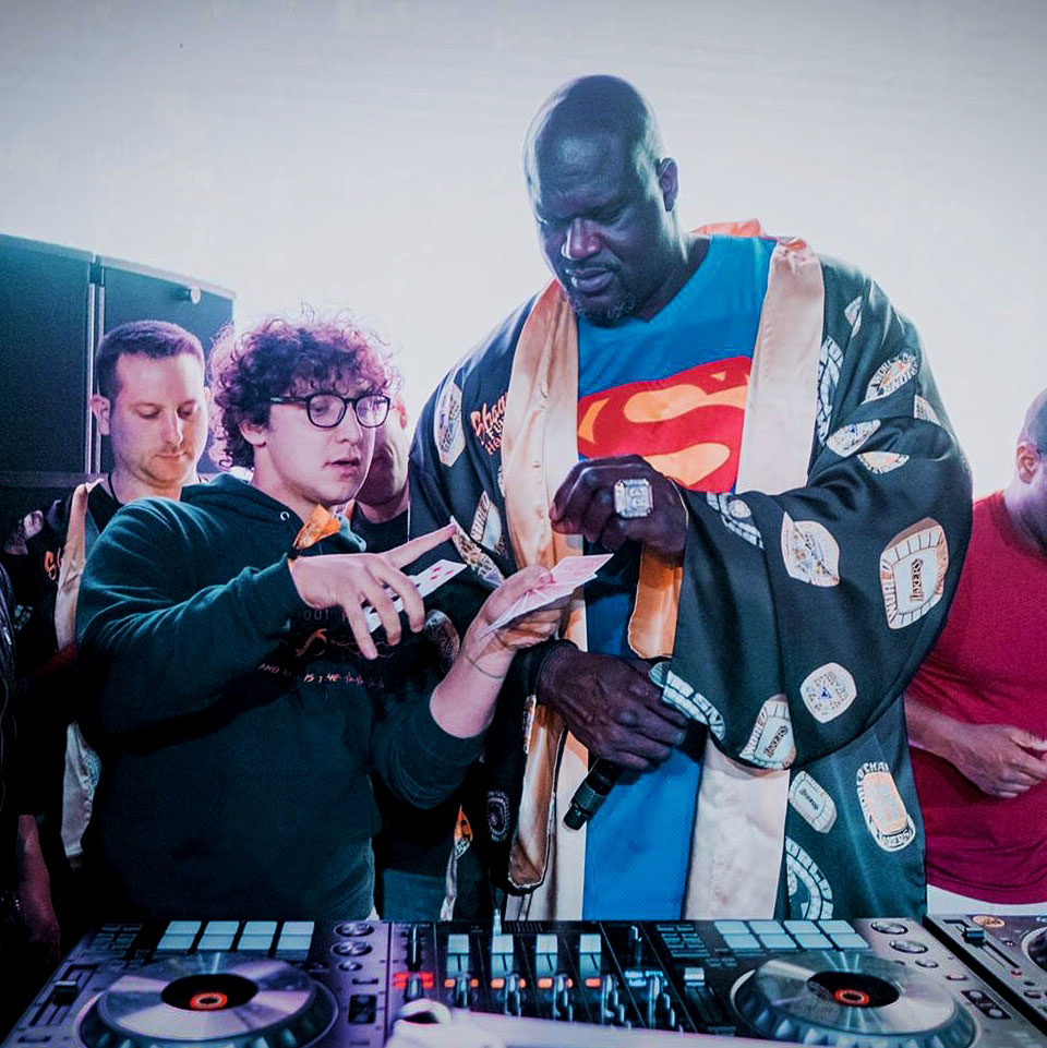 Magic with American basketball player Shaquille O'Neal