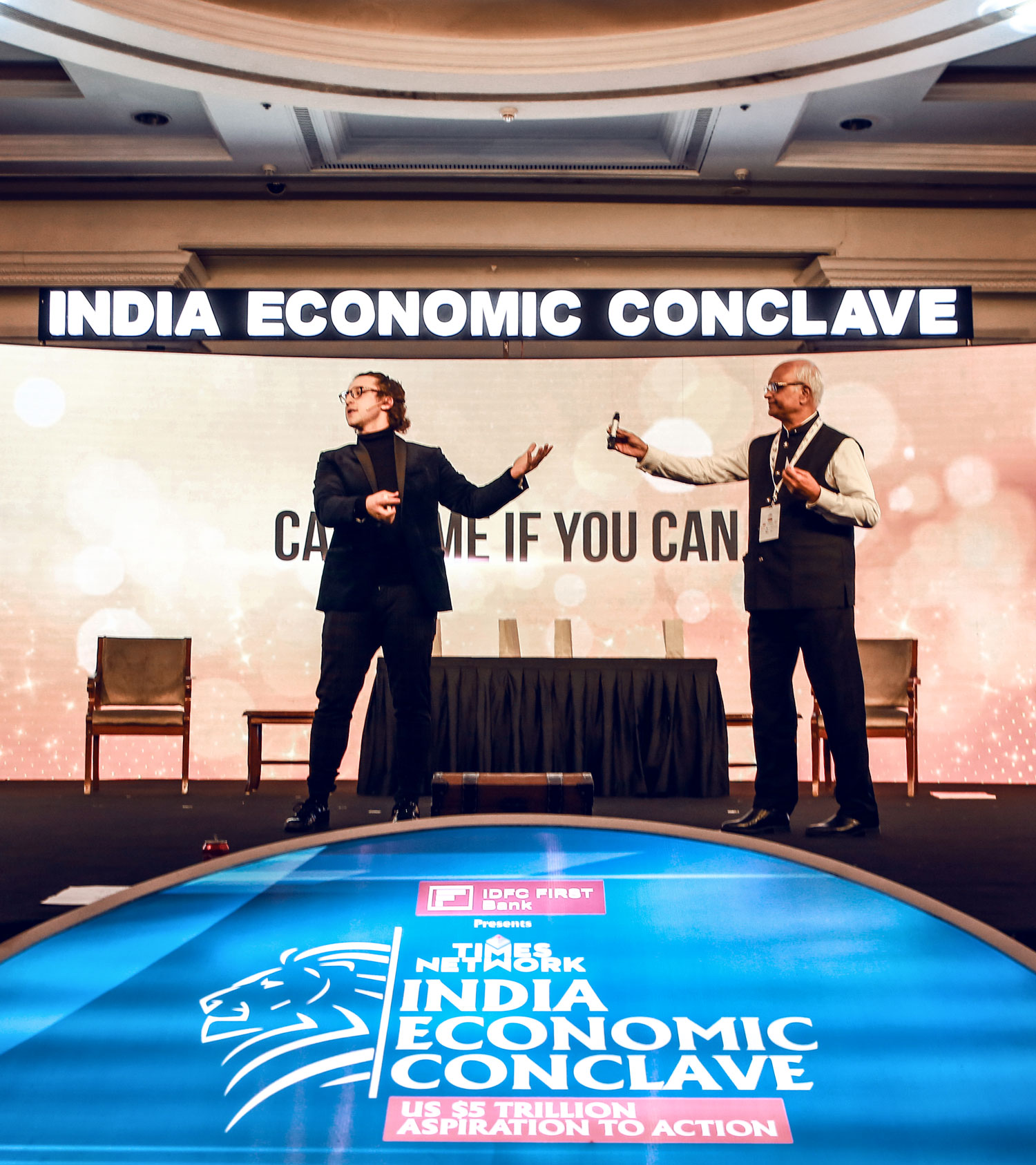 Julius Dein Performing Magic at the India Economic Conclave
